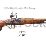 1102L Flintlock pistol, 18th. Century
